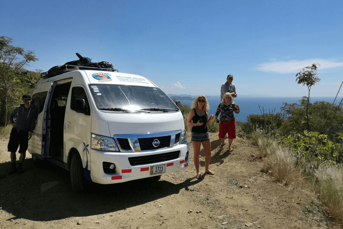 Bus Stop at the Nicoya Peninsula to see the ocean view